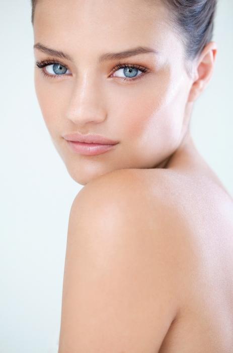 Подобрать уход за проблемной кожей лица